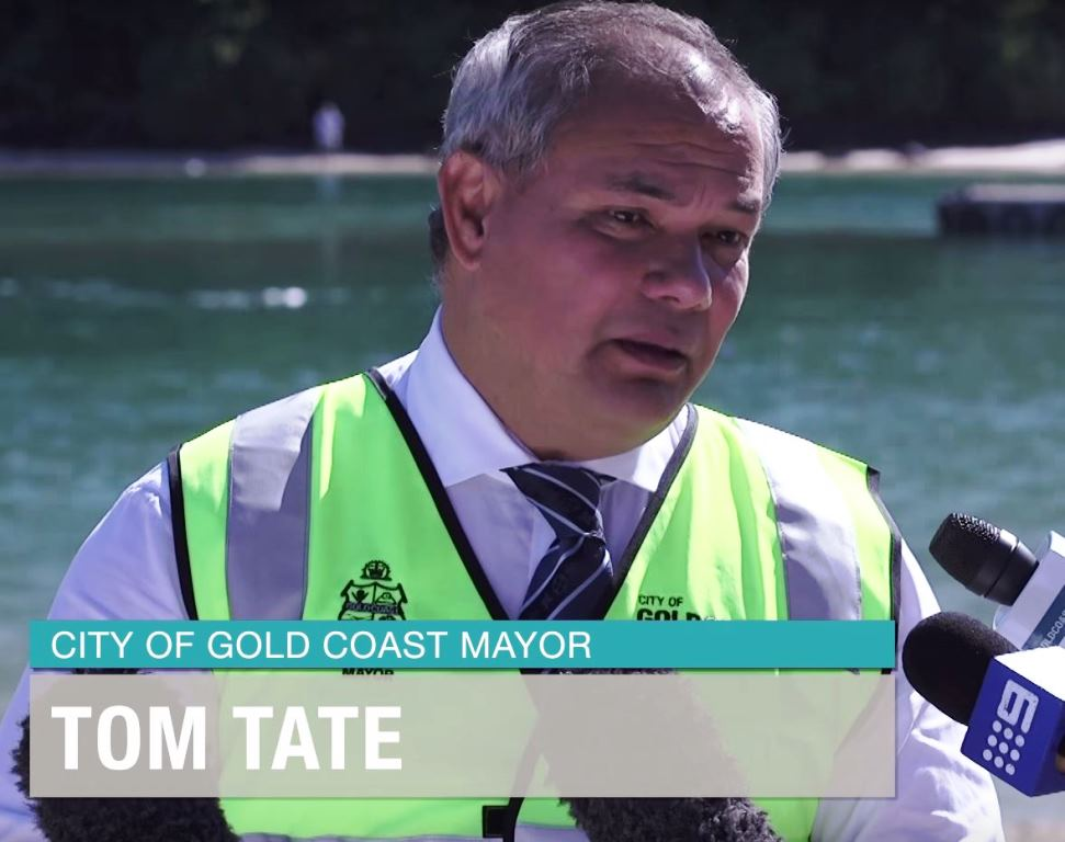 Gold Coast Mayor - Tom Tate visits Tallebudgera Creek Dredging Site